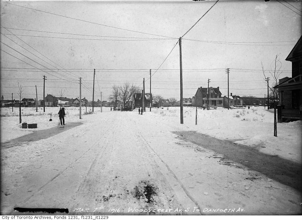 Wilkinson Neighbourhood – Woodycrest Avenue looking south to Danforth Avenue 1916