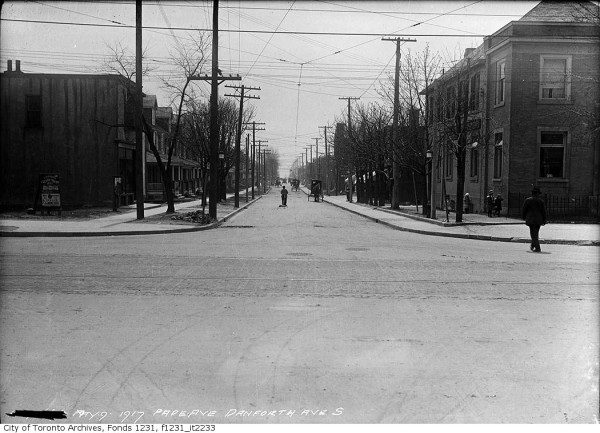 Wilkinson Neighbourhood – Pape Ave and Danforth Ave looking south in 1917